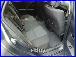 2010 Toyota Avensis 2.0 D4D TR Estate Manual