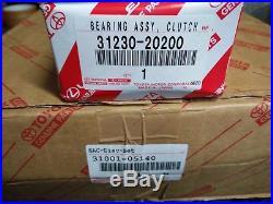 NEW GENUINE TOYOTA Verso / Auris / Avensis 2.0-2.2 D-4d Clutch Set 31001-05140