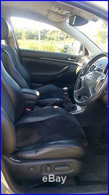 Toyota Avensis D-4D T180