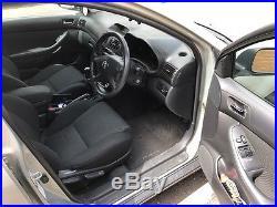 Toyota Avensis T3-s 2.0 D4D estate AC, Nav