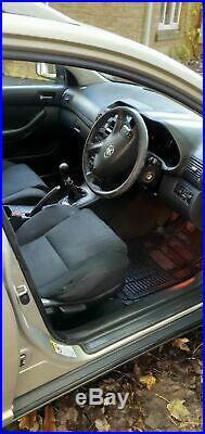 Toyota avensis estate D4D